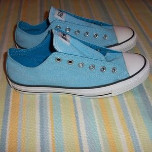 Converse All Star blue shoes Men 7 / Women 9
